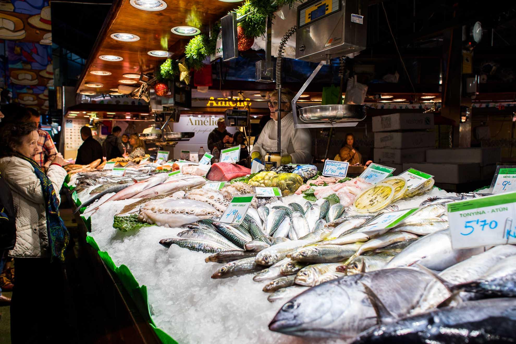 Un giorno al mercato sulla Rambla, Barcellona Spagna.